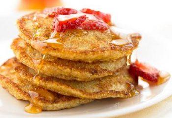 410x290-oatmealbuttermilk_berrypancakes